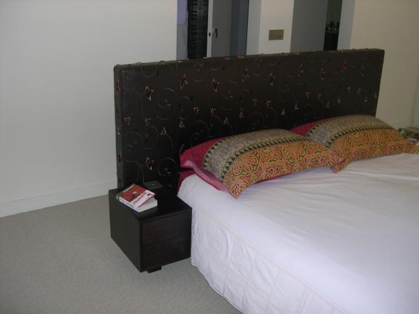 Amibois t te de lit avec chevets int gr es - Tete de lit avec chevets integres ...